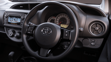 Load image into Gallery viewer, 2019款全新丰田Yaris,留学生首付5950,月租仅需499