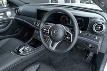 Load image into Gallery viewer, 【官方Demo车】2019 Mercedes-Benz E 220 D All-terrain,首付39800,月租低至1670