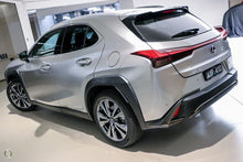 Load image into Gallery viewer, 【官方Demo车】2018 Lexus Ux UX250h F Sport MZAH15R掀背车,首付23500,月租低至1360