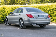 Load image into Gallery viewer, 【官方认证二手车】2016 Mercedes-Benz C 200 Sedan,首付14300,月租低至950