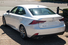 Load image into Gallery viewer, 【官方Demo车】2018 Lexus Is300 Luxury ASE30R轿车,首付18500,月租低至1219