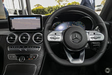 Load image into Gallery viewer, 【官方超值Demo车】2019 Mercedes-Benz C 200 Coupe,首付23100,月租低至1540