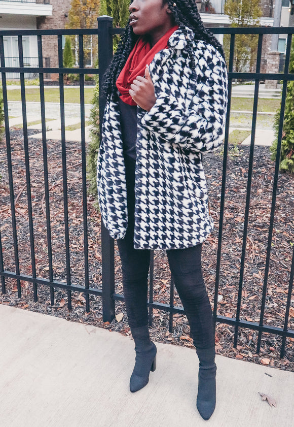 Mila Houndstooth Coat