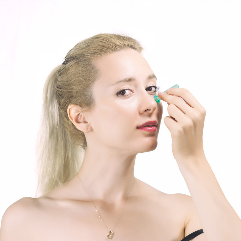 All natural ways to get rid of dark under eye circles from Lierre.ca