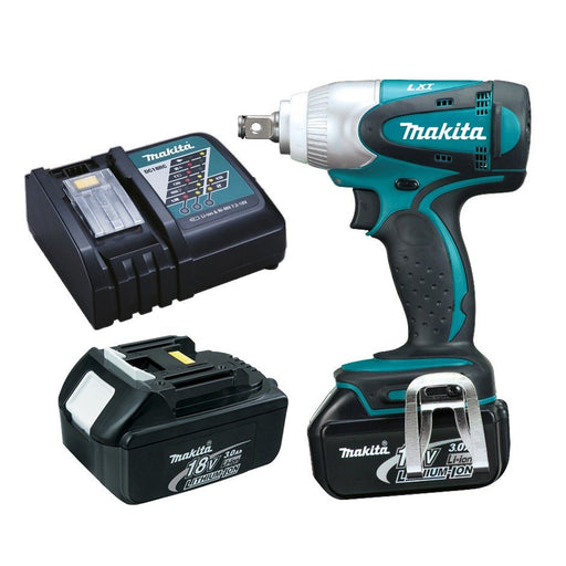 Makita 18V Impact Wrench 3.0Ah Set DTW251RFE