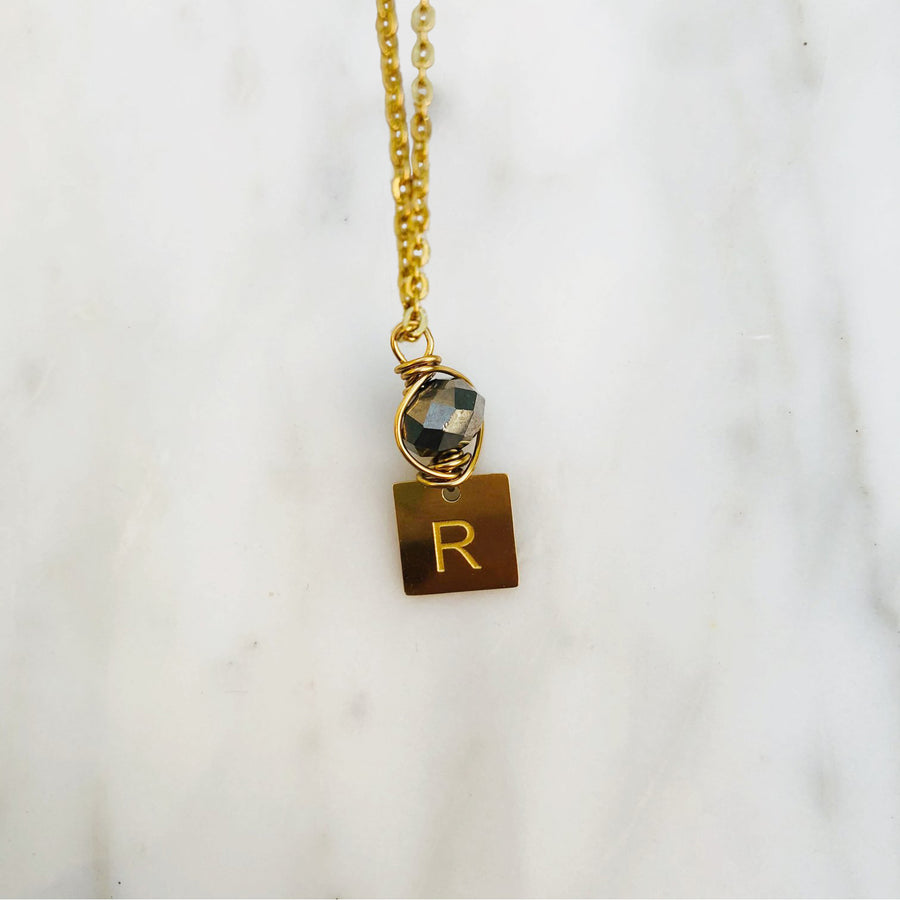 'R' initial chain necklace