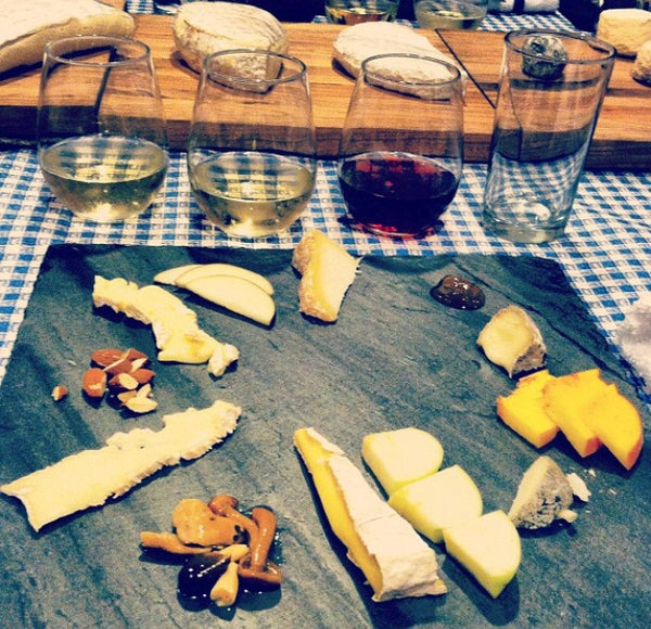 Blanco, Bianco, Blanc...White Wine and Cheese!