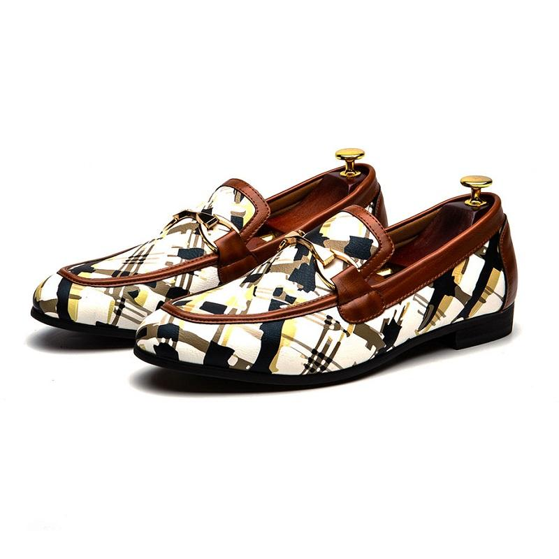 Gold Color Metal Buckle Art Pattern Loafers