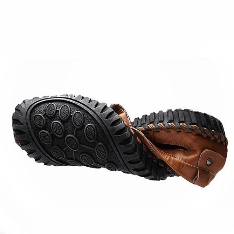 Hand Stitching Closed Toe Water-friendly Leather Sandals