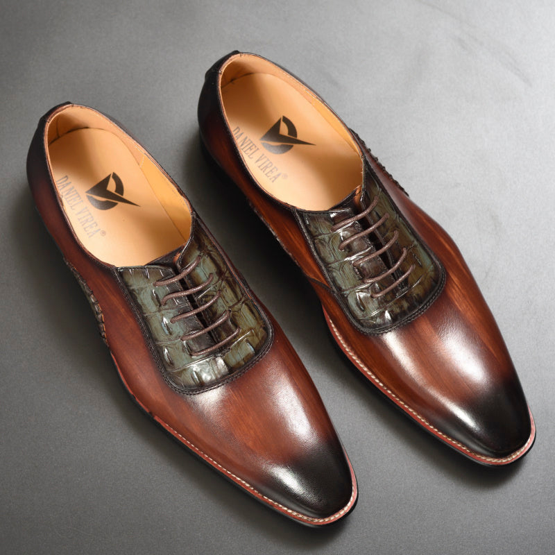 Coffee Mixed-color Pointed Toe Oxford Shoes
