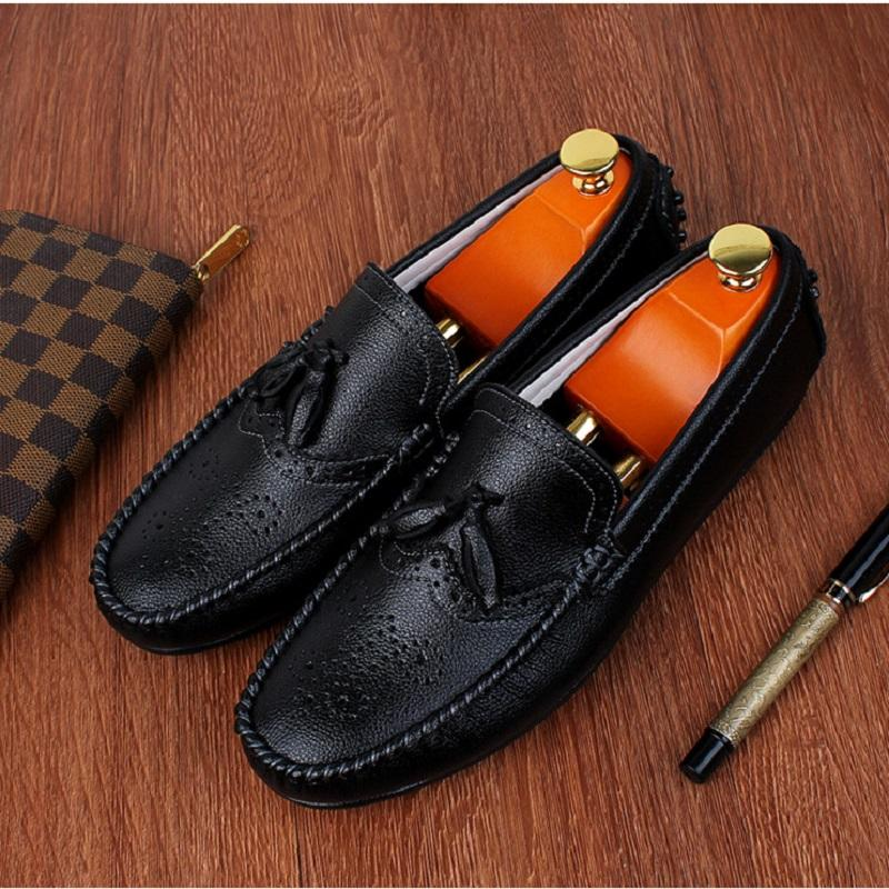 Fashionable Brogue Tassel Driving Leather Shoes