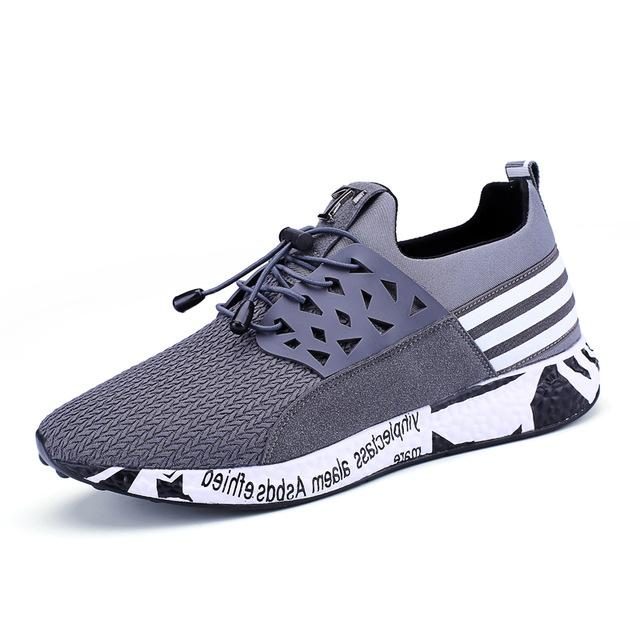 Men Sneakers Breathable Lace-Up Shoes