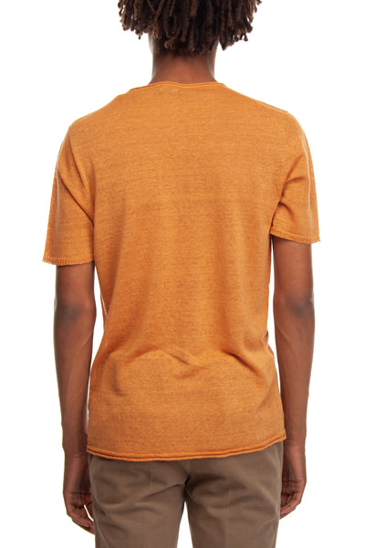 T-shirt color papaya