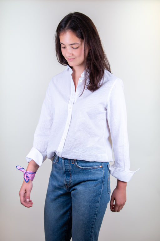 Model wearing Semifinalist's white crinkle cotton shirt with peter pan collar