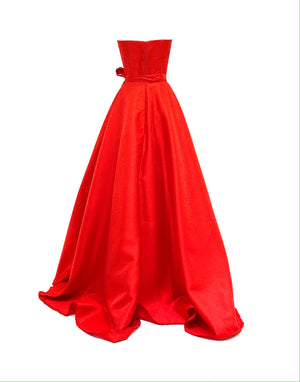 Long red strapless dress