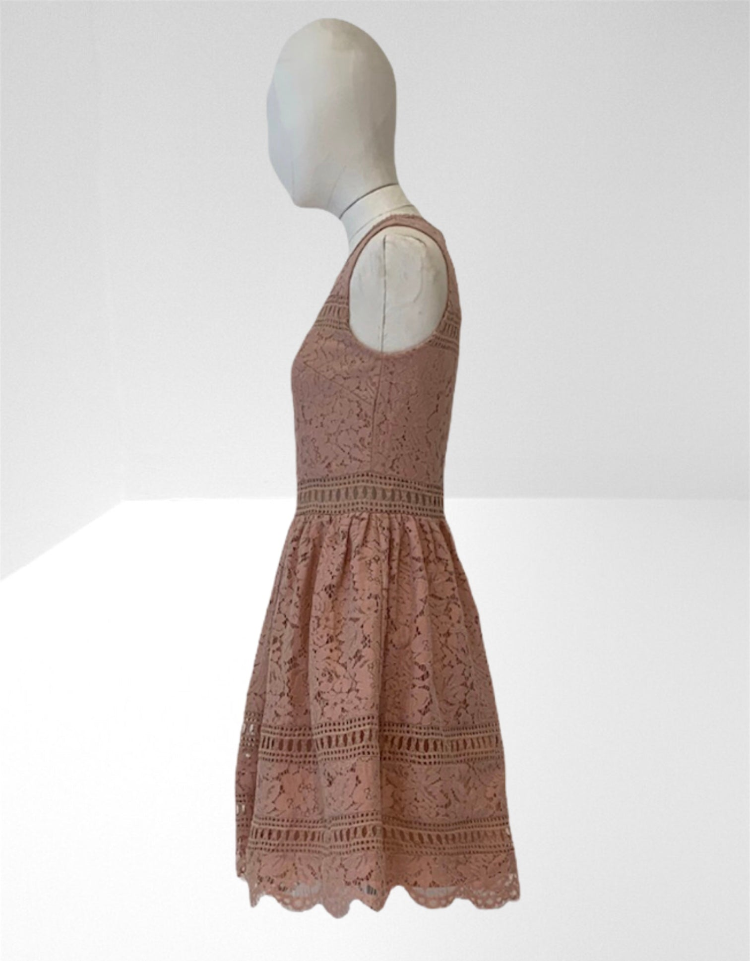 Nude lace short dress