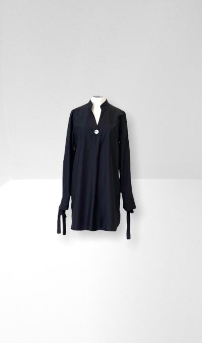 Black tie cuff long shirt.