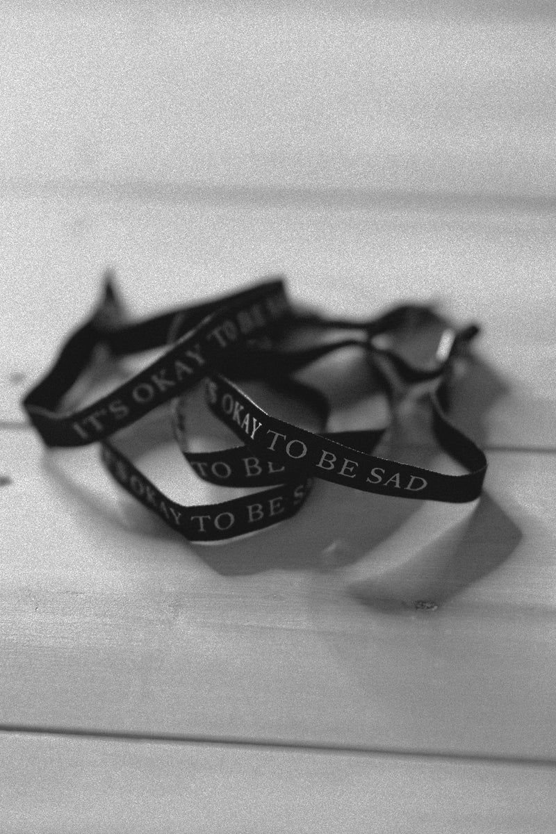 IT'S OKAY TO BE SAD - BRACELET