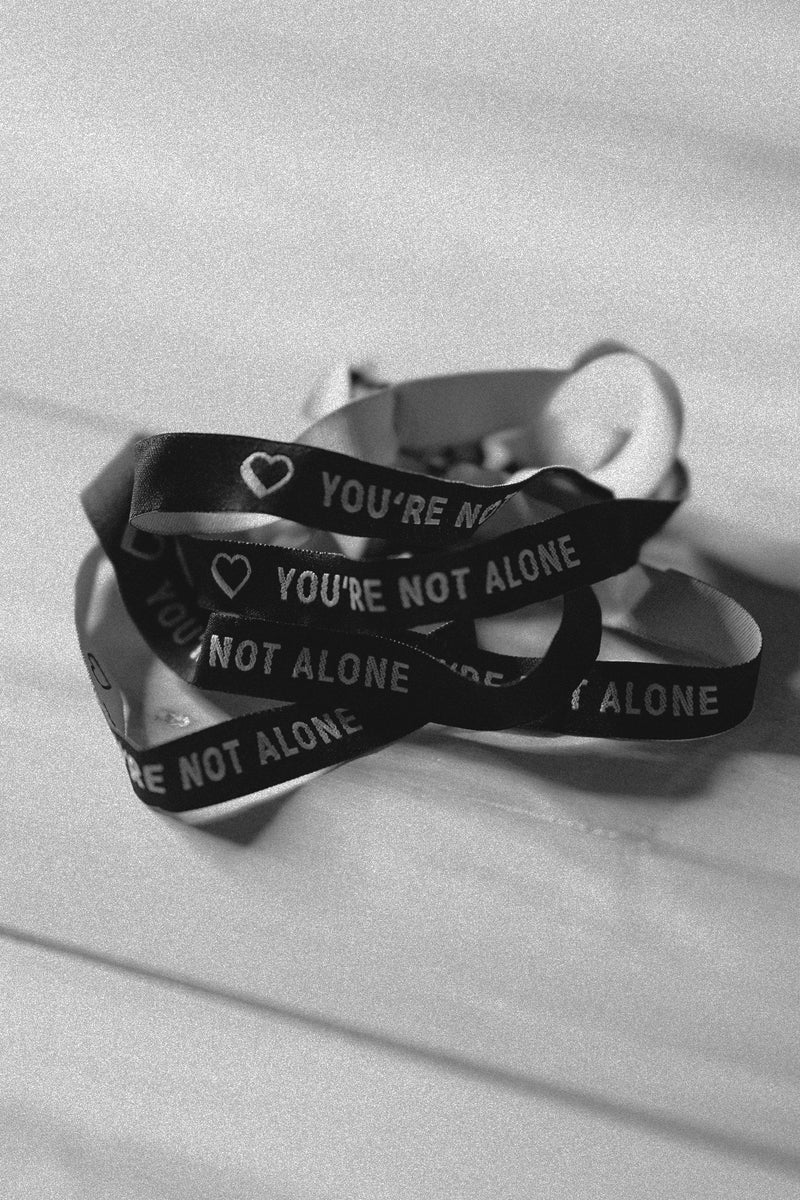 YOU'RE NOT ALONE - BRACELET