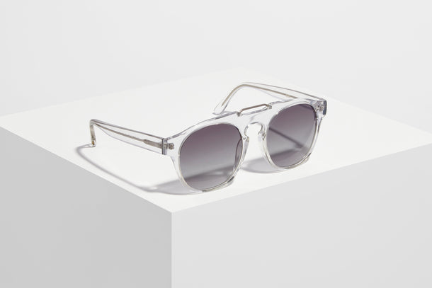 Debut Collection · 602 · Clear