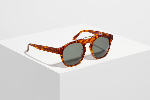 Debut Collection · 602 · Amber Tortoise