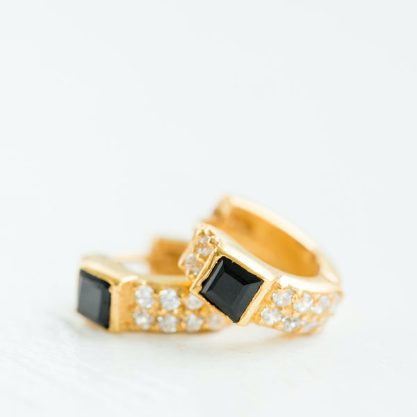 Pave Ear Huggies | Black Onyx - elliparr