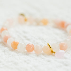 Royal Gemstone Beaded Bracelet | Peach Moonstone - elliparr