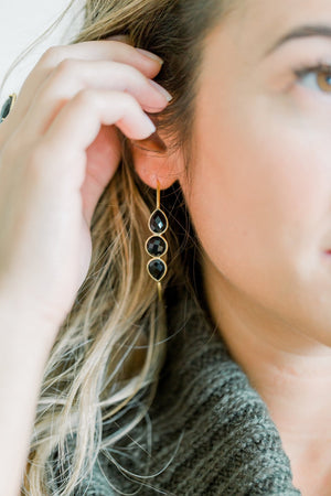 Sierra Gemstone Hoops | Black Onyx - elliparr