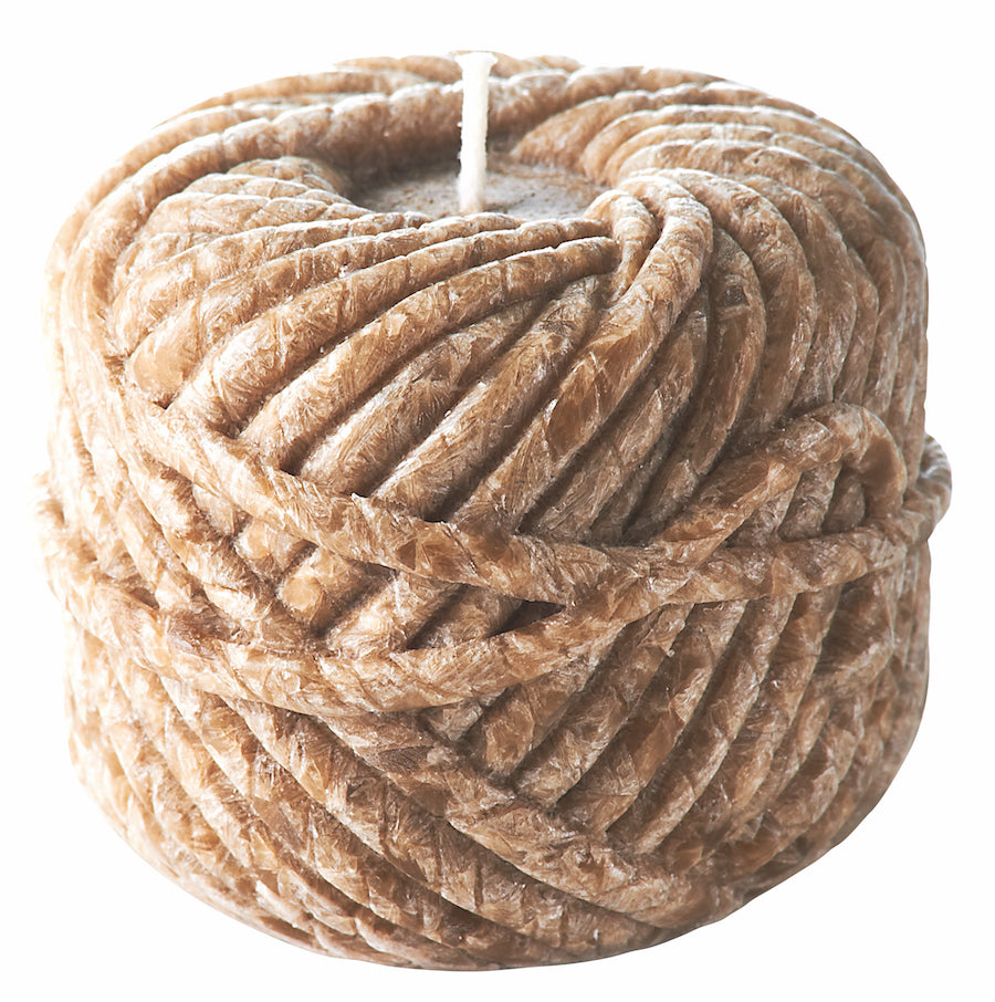 Ball of Wool Candle Linen