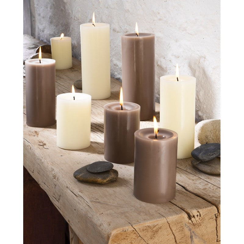 Pillar candle D.7cm H.15cm 75HRS Taupe