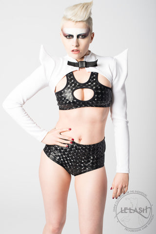 Vanta Black Bat Bolero - White