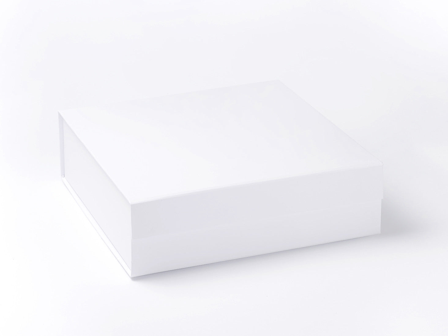 wholesale luxury white large gift hamper boxes from stock