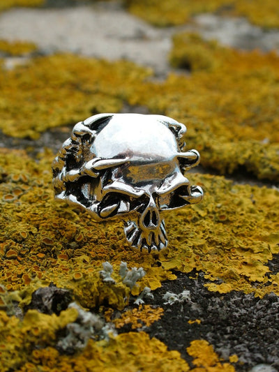 Clawed Skull ring - Urban Chains