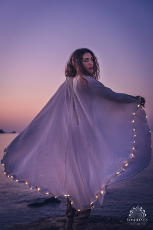 LED Kaftan (White/Gold)