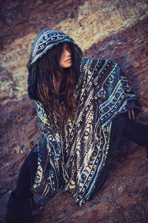 LED Tribal Shaman Cape (Black/Champagne)