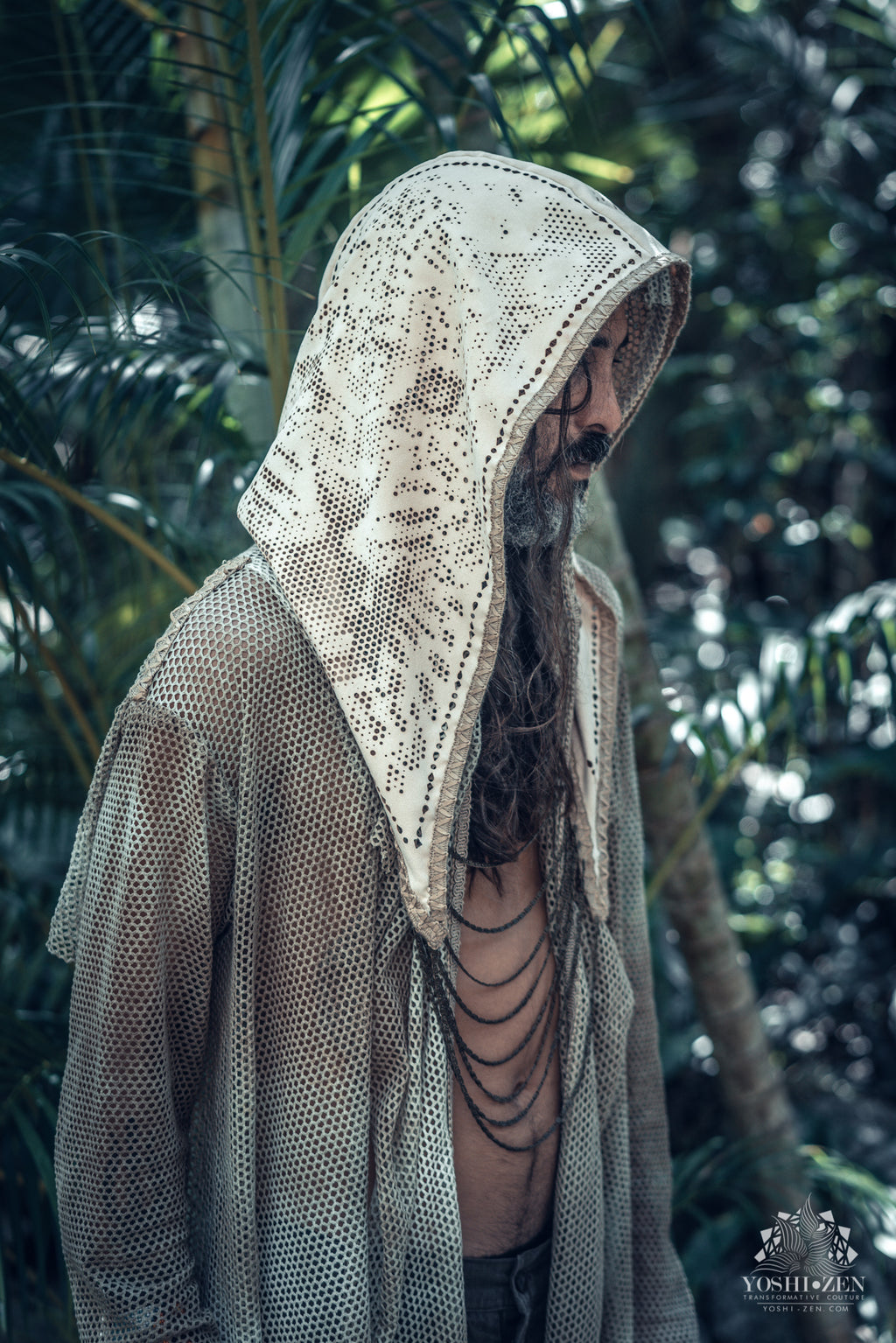 Balam-Ha Laser Cut Chain Hood