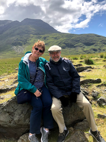 A couple relaxing in Ireland on a Real Irish Travel Tour