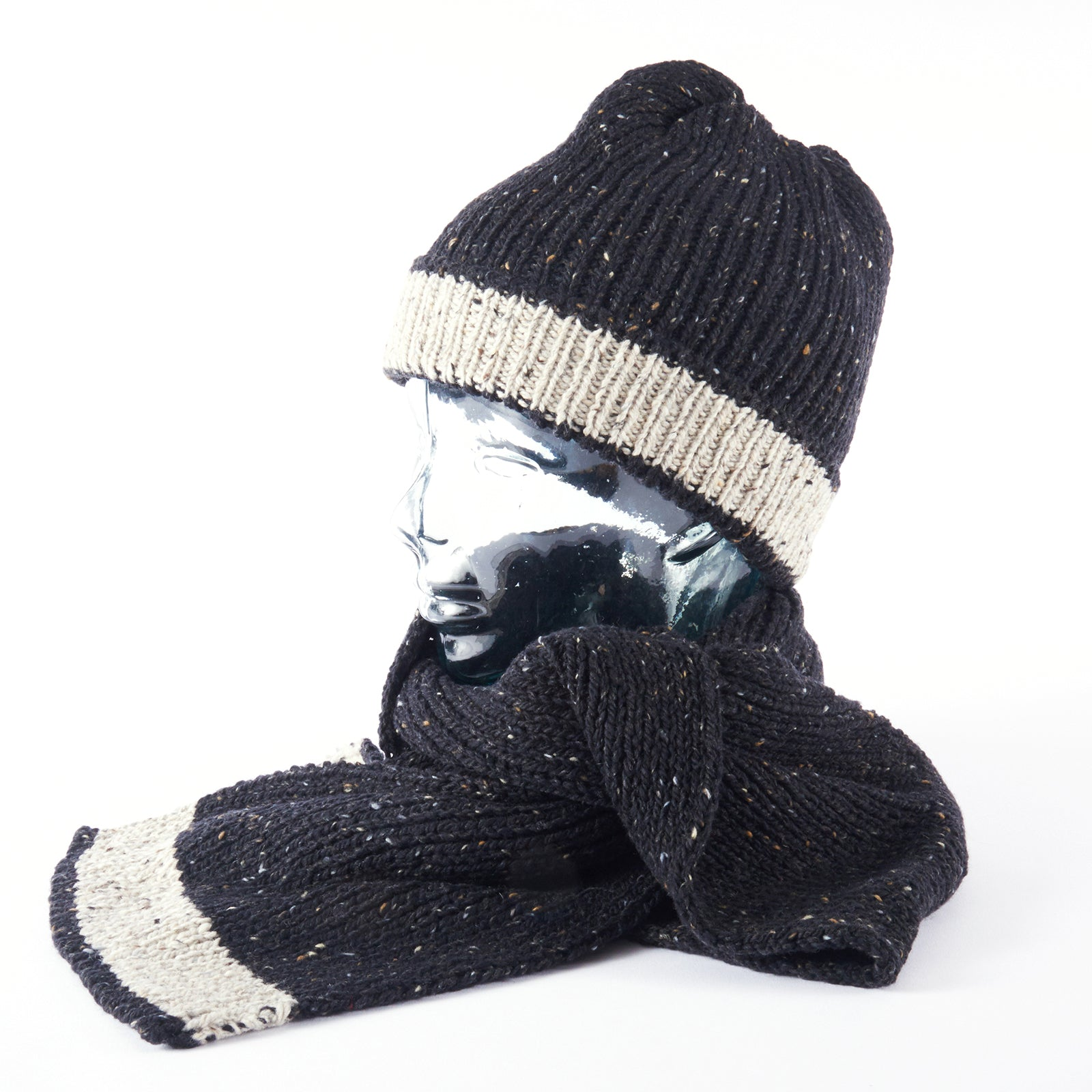 Merino Scarf and Beanie - Black