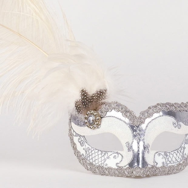 Detail eye_mask_can_can_silver_white
