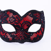 Detail eye_mask_macrama_ballo_pizzo_black_red