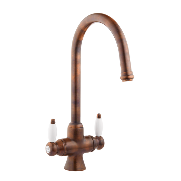 Victorain Kitchen Tap - Metal Levers