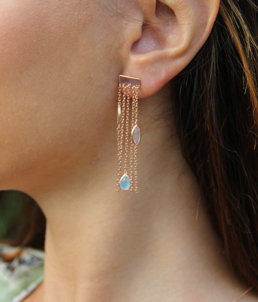 Begna Model Chandelier Piercet Earrings
