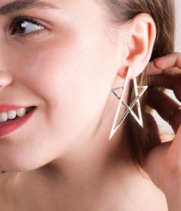 Begna Model Gold Star Earrings, Large