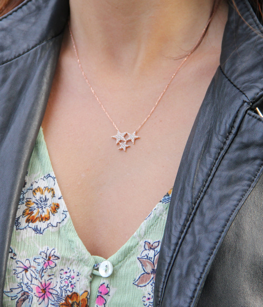 Begna Model Star Necklace