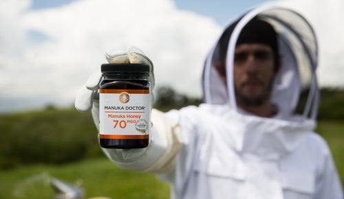5 ways to check your Manuka Honey ISN'T fake