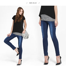 Load image into Gallery viewer, 171504 (Blue) Stretch Maternity Ankle Biter Jeans