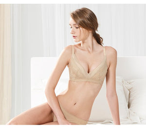 Wire free Laced Crossover Maternity and Nursing Bra
