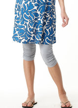 Load image into Gallery viewer, 12502 - Crinkled 3/4 Length Maternity Leggings