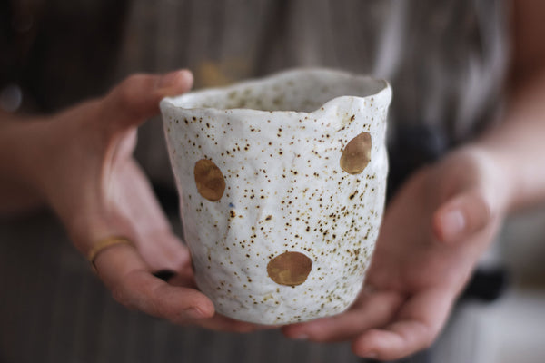 Spotty organic & gold tea cup