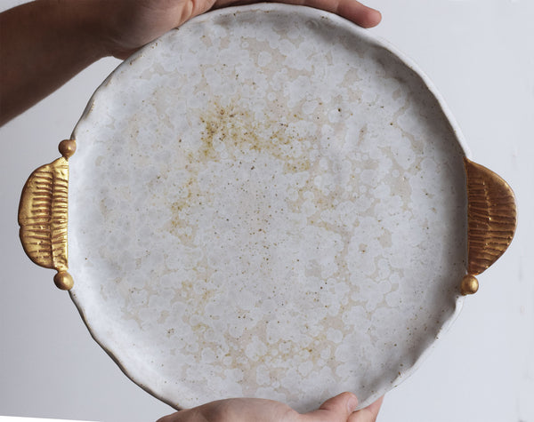 Organic serving plate w/ gold holders